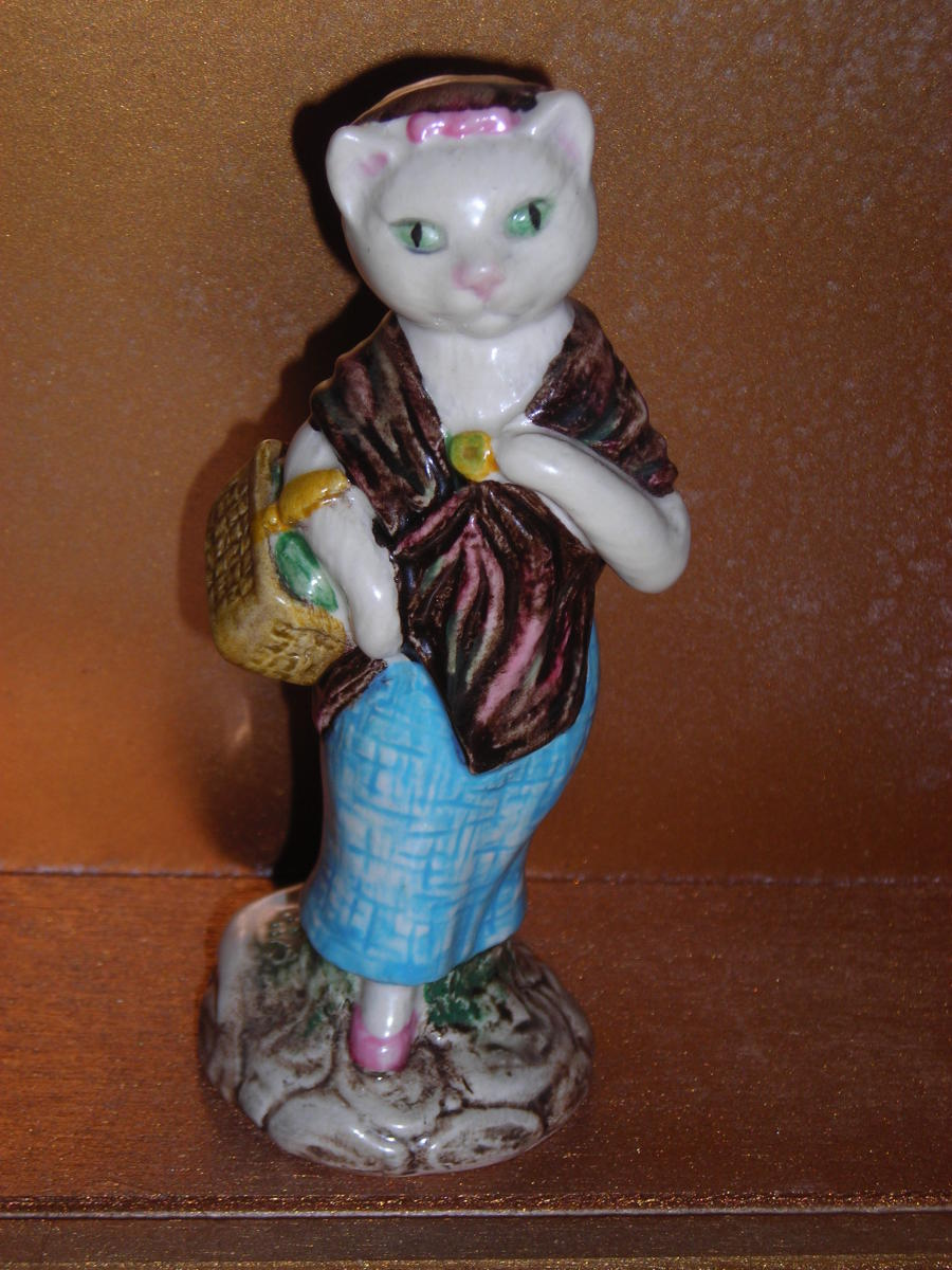 Beswick Beatrix Potter—Susan 1983, believed to be Model BP3b.