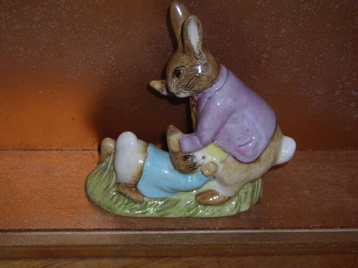 "Mr Benjamin Bunny and Peter Rabbit BP 3c; Modeller: Alan Maslankowski; height 4"", 10.1 cm; issued 1975–1995."