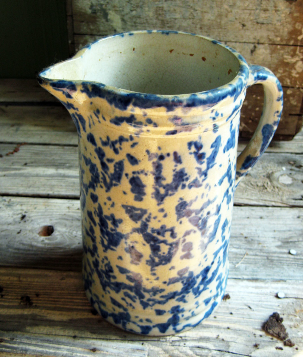 Antique Spongeware and Spatterware - An American Stoneware Tradition