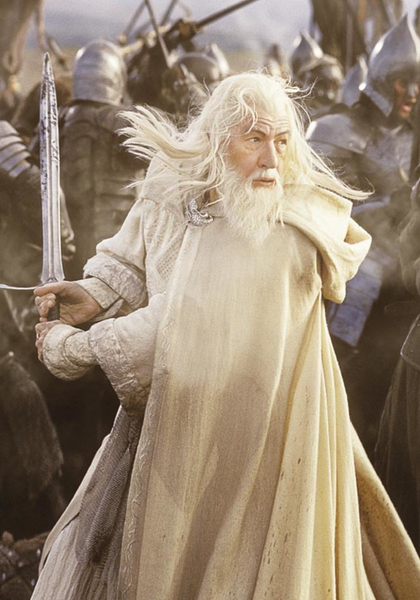 Gandalf the White battles the forces of Mordor to save Middle-earth!