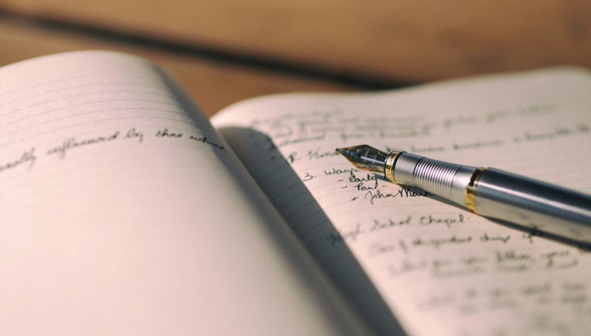 100 Short Story (or Novel) Writing Prompts | HobbyLark