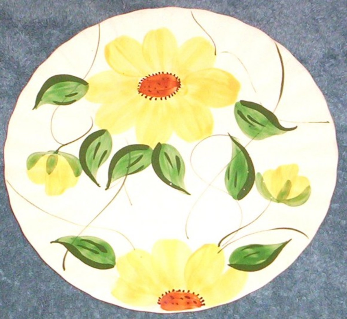 This cheerful dish is an example of the Sunflower pattern.