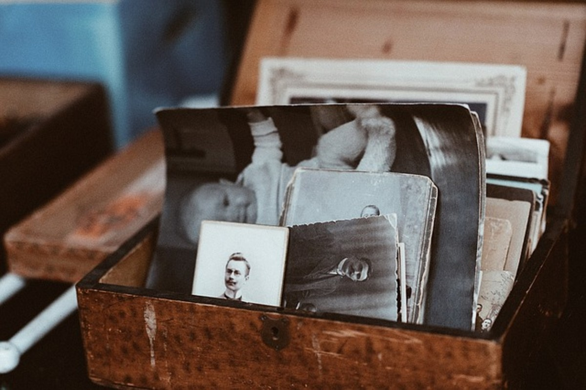 Include vintage photos with your stories of childhood experiences.
