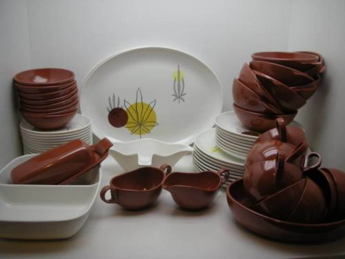 Rare Brookpark Fantasy, This set , original listing was being sold by grtest8   It is desirable due to it's designer, and it's rarity.  It came also in a blue variation.