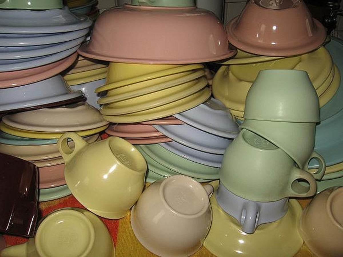 Collecting Vintage Melmac Dinnerware: History and Information