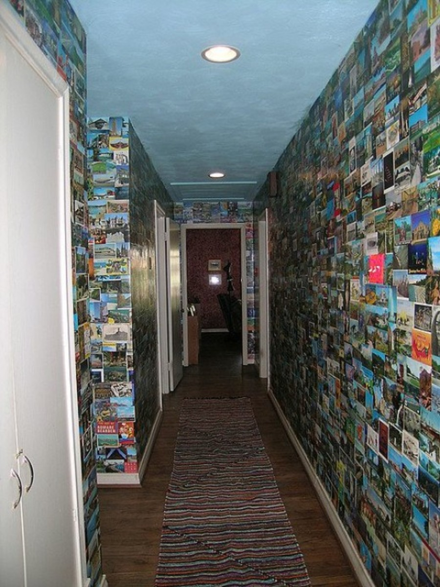 This is an amazing way to paper your walls.  It isn't a simple solution however. From Flickr: http://www.flickr.com/photos/pattipics/412862913