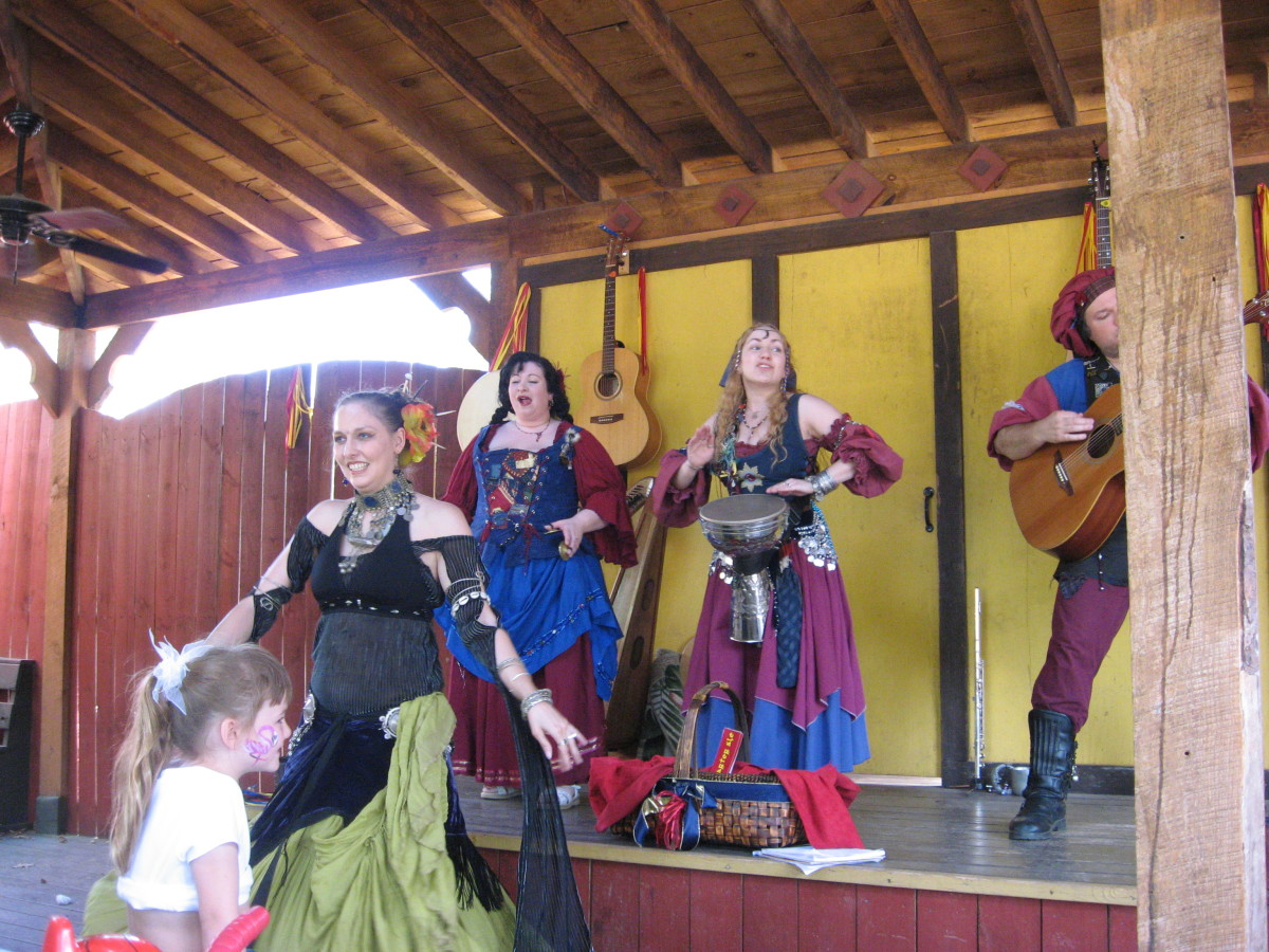 My fave renaissance fair group, Three Quarter Ale.