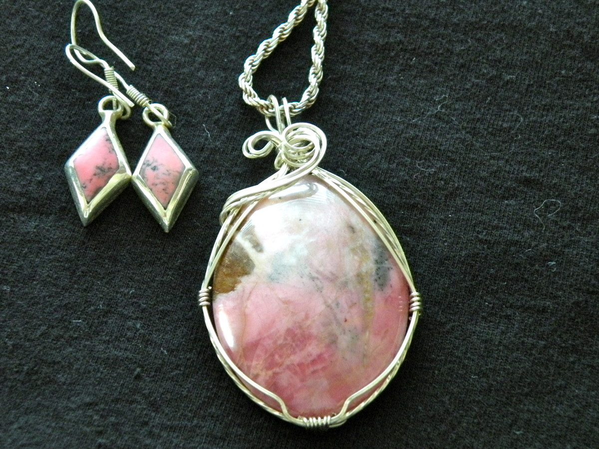 Wire wrap jewelry made from cut and polished stones.