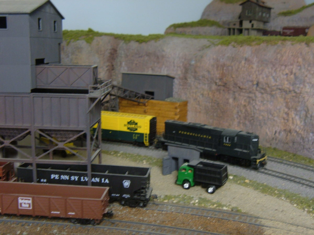 LDA Gravel Co. is the largest customer on the layout.