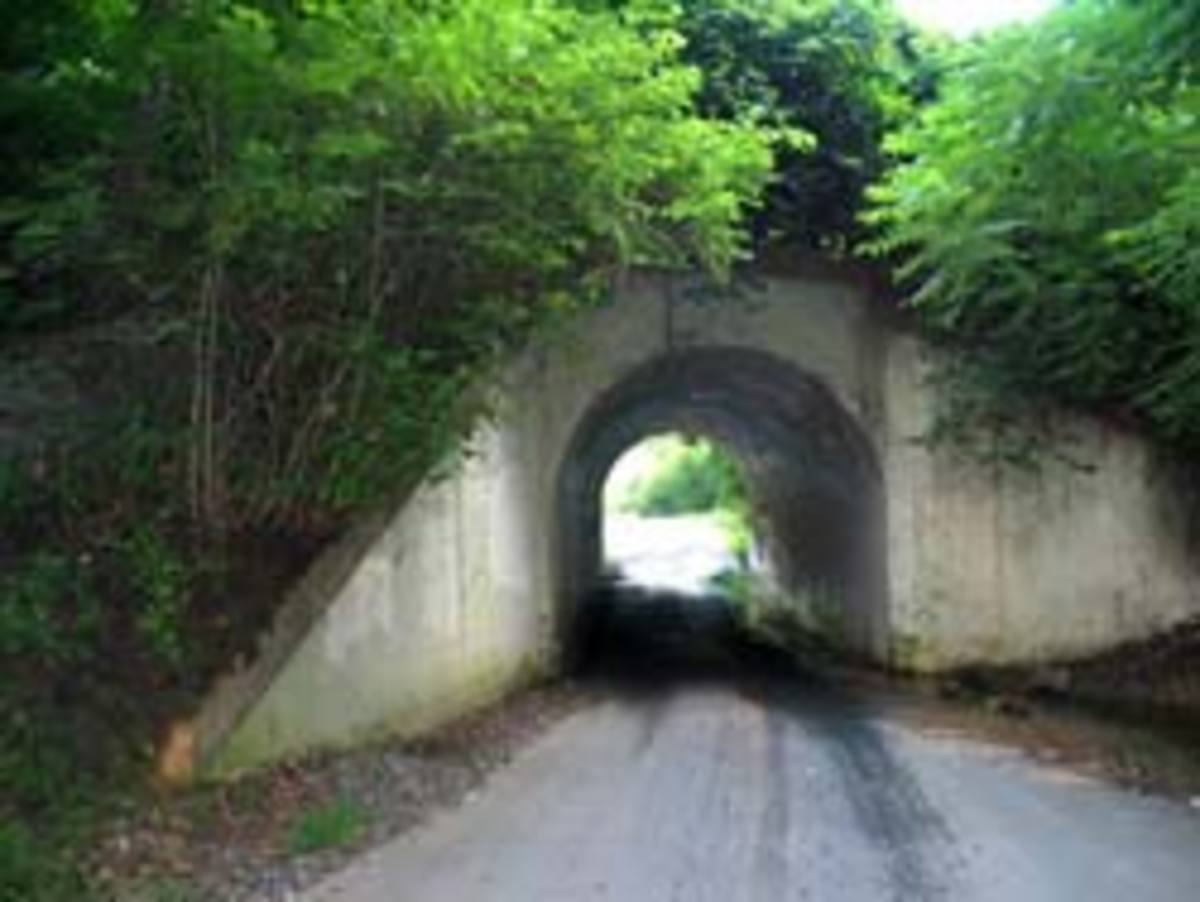 The real Bunny Man Bridge - not so scary in the daytime, is it?