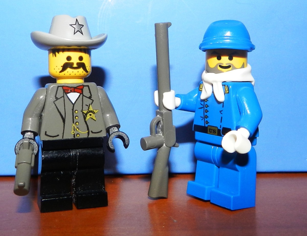 Sheriff and Soldier Minifigures