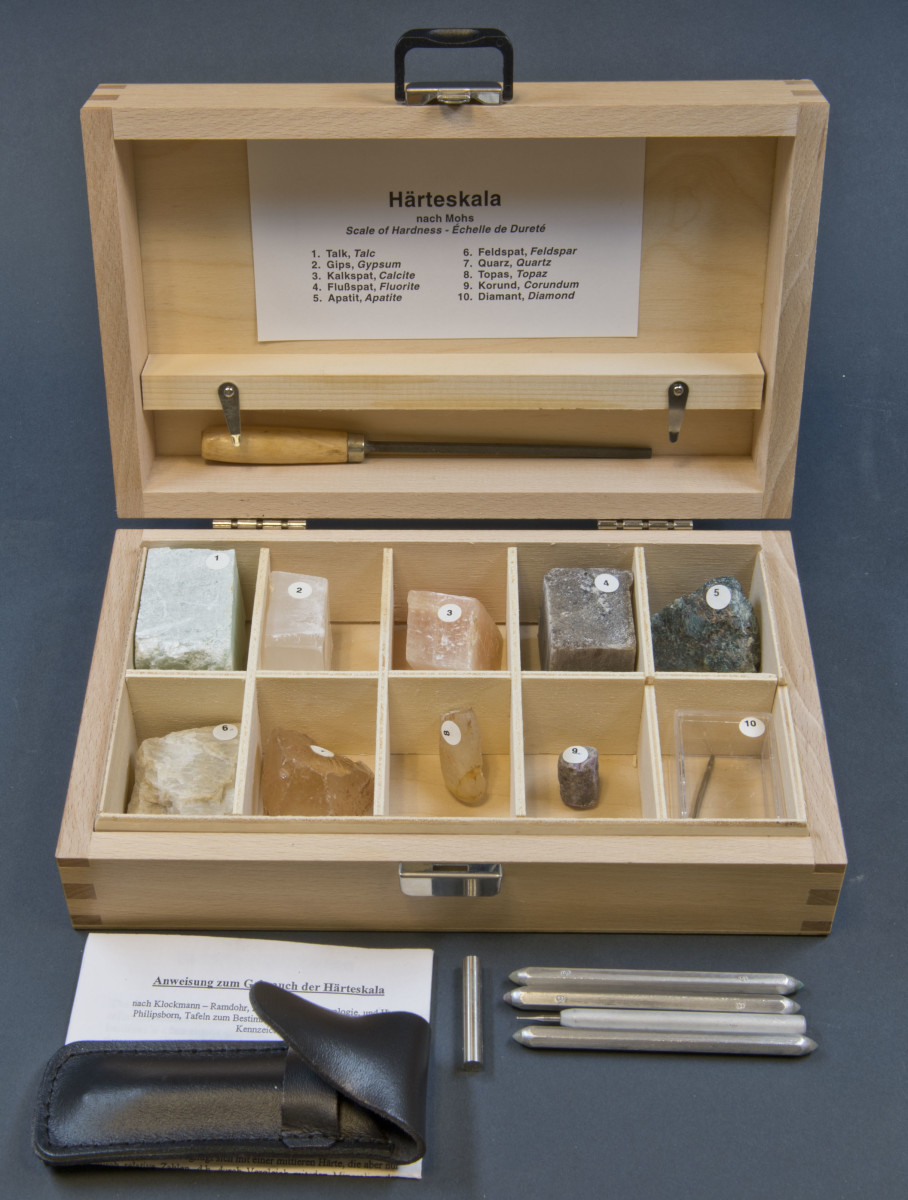 This Mohs hardness test kit containins one specimen of each mineral on the 10-point Mohs hardness scale.