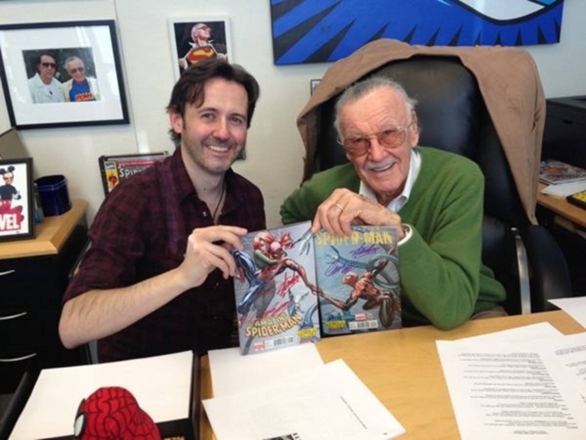 J Scott Campbell with Stan Lee - the godfather of Marvel Universe.