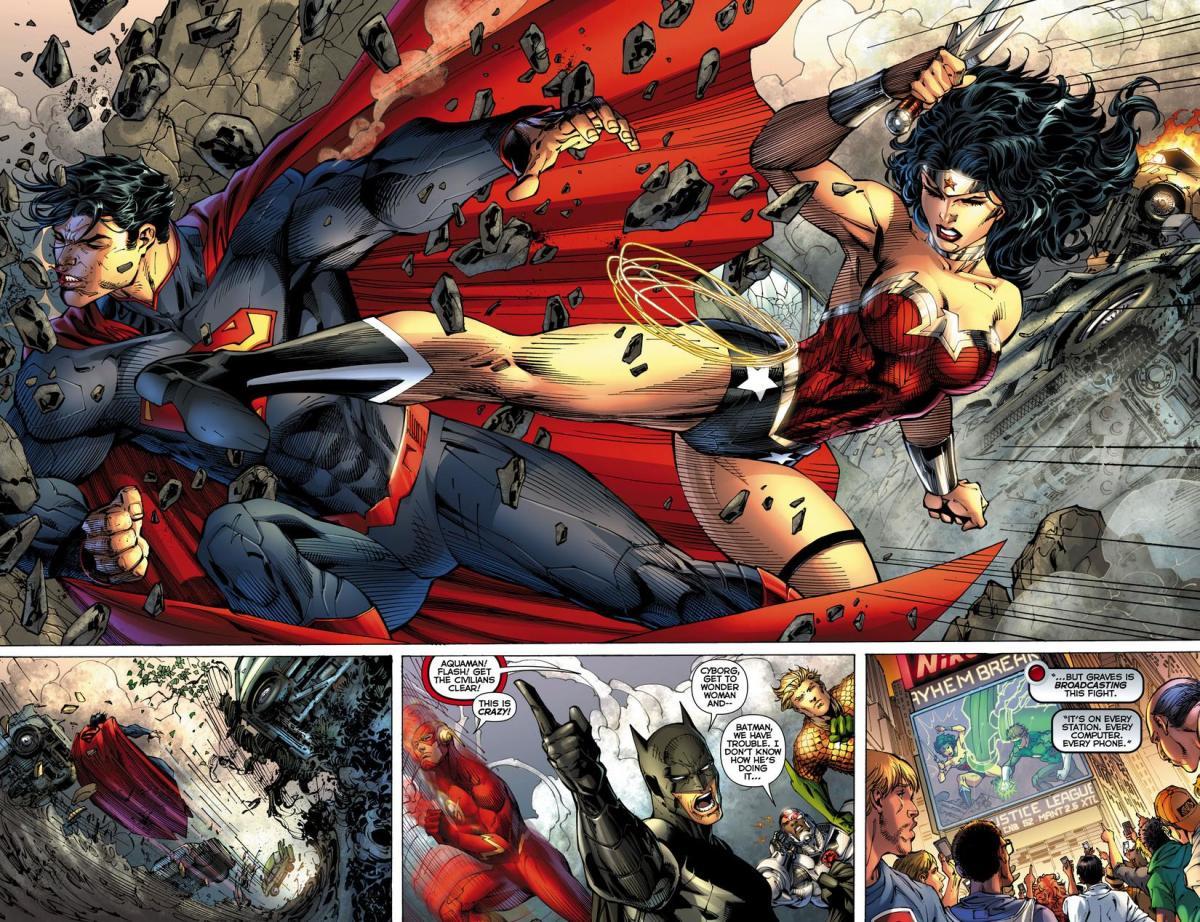 Wonder Woman Fighting Superman