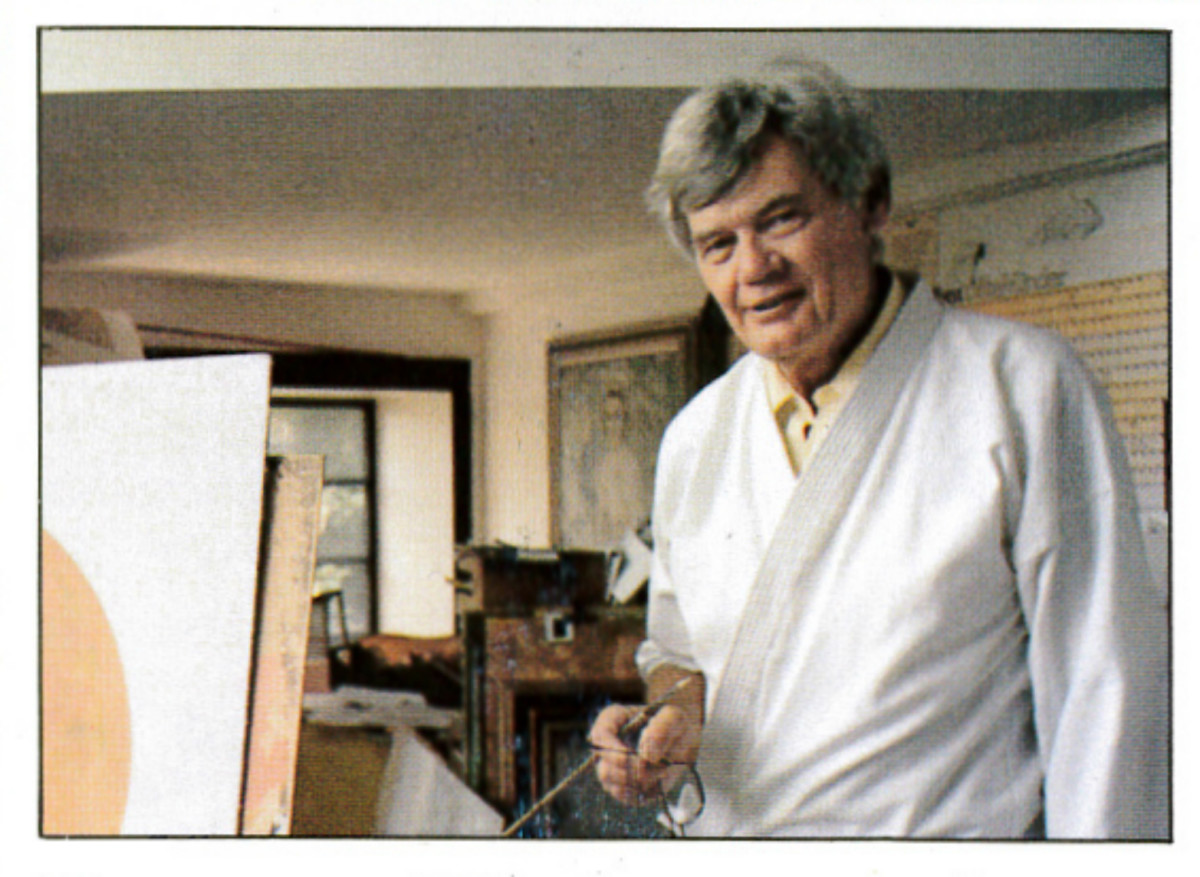 Renowned Illustrator and Portraitist Thornton Utz wins fame among plate collectors.