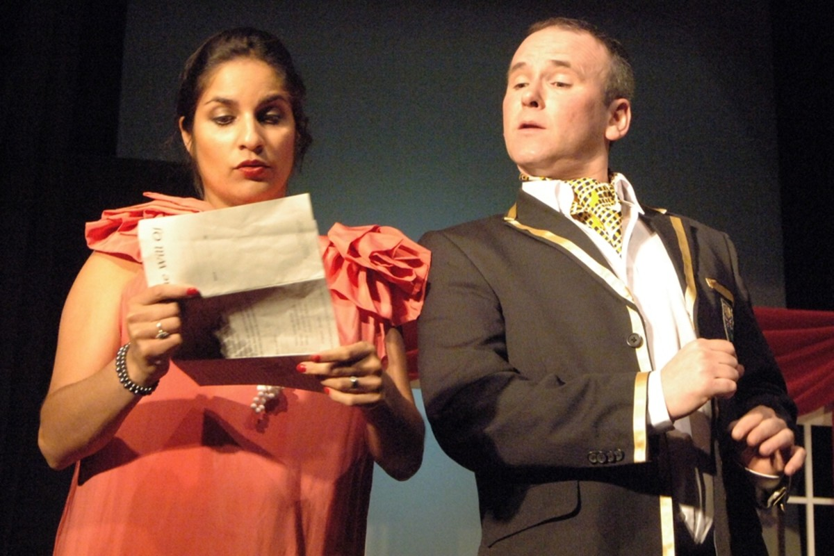 Tons of Money the Marlow Players