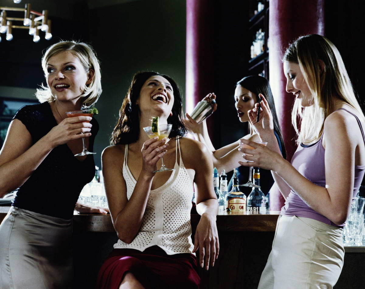 Make sure to get to the club at the right time—too early or too late and there's no one to dance with.