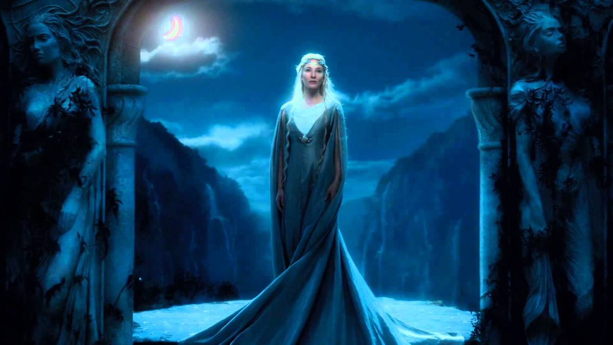 From New Line Cinema photos:Galadriel, the granddaughter of Finwe is a good representation of how much more imposing and stronger elves in Valinor were to their other kin and later generations.  Galadriel herself was noted for her height and power.