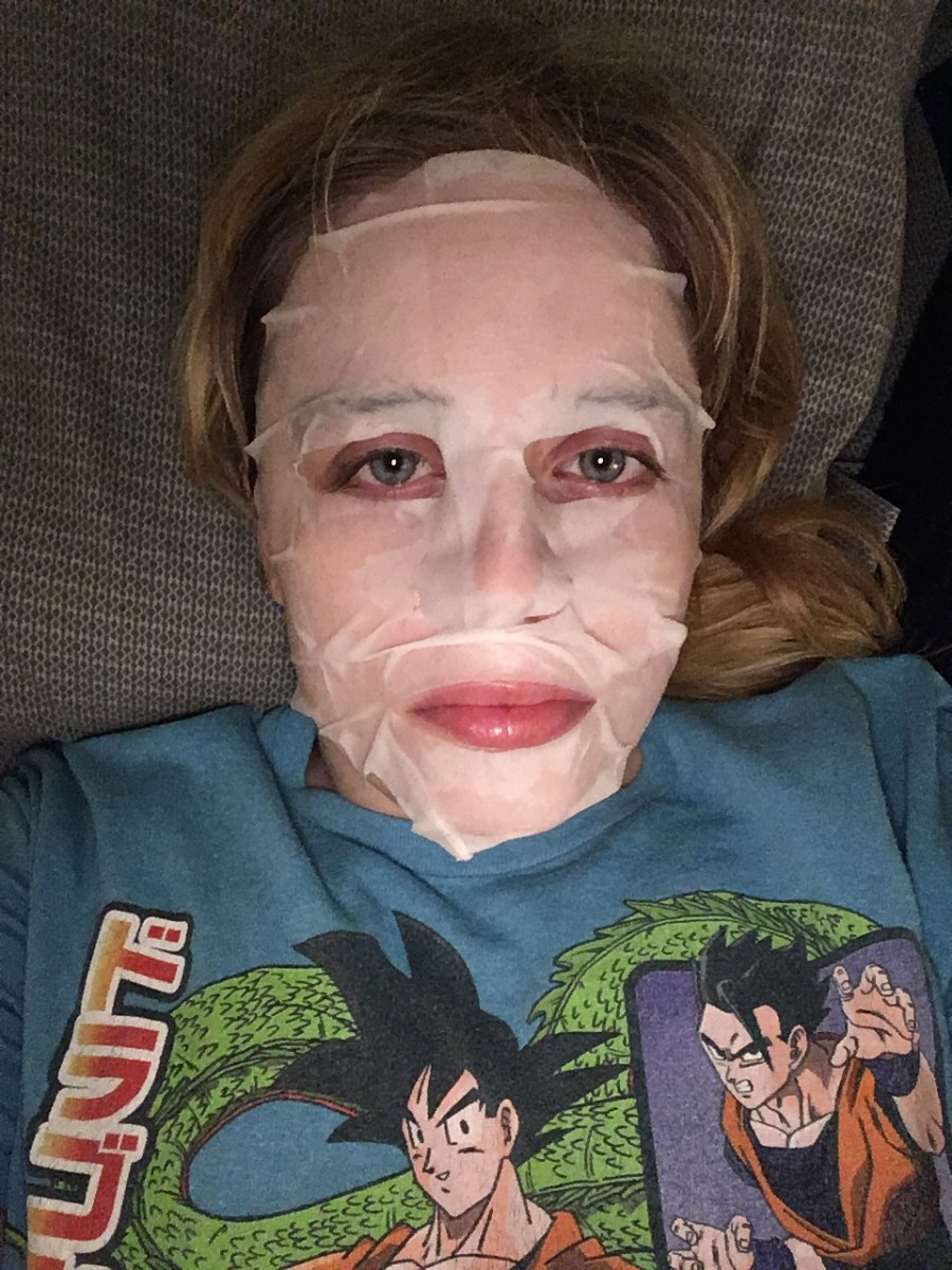 Cosplaying as a mummy? Nope, that's just a skincare mask!