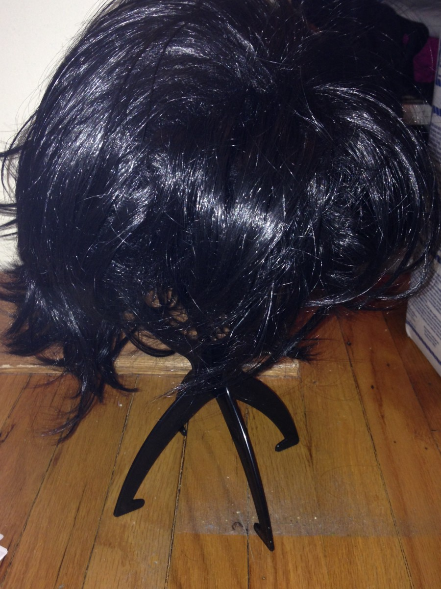 Story time: I bought this wig at a cosplay swap. Meaning someone had already styled it with gel. Meaning I had a heck of a time trying to re-style it for the character I wanted to cosplay as. Lesson learned.
