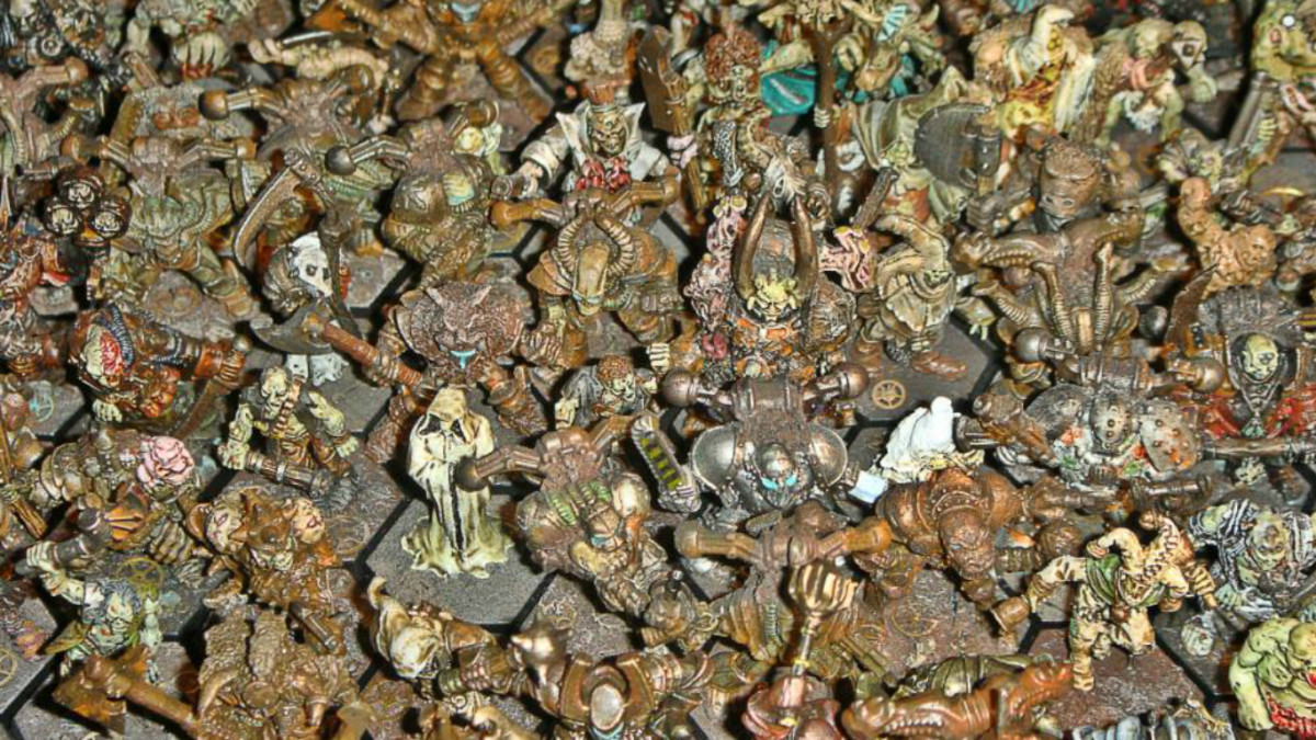 Collecting Fantasy Miniatures for Warhammer Army