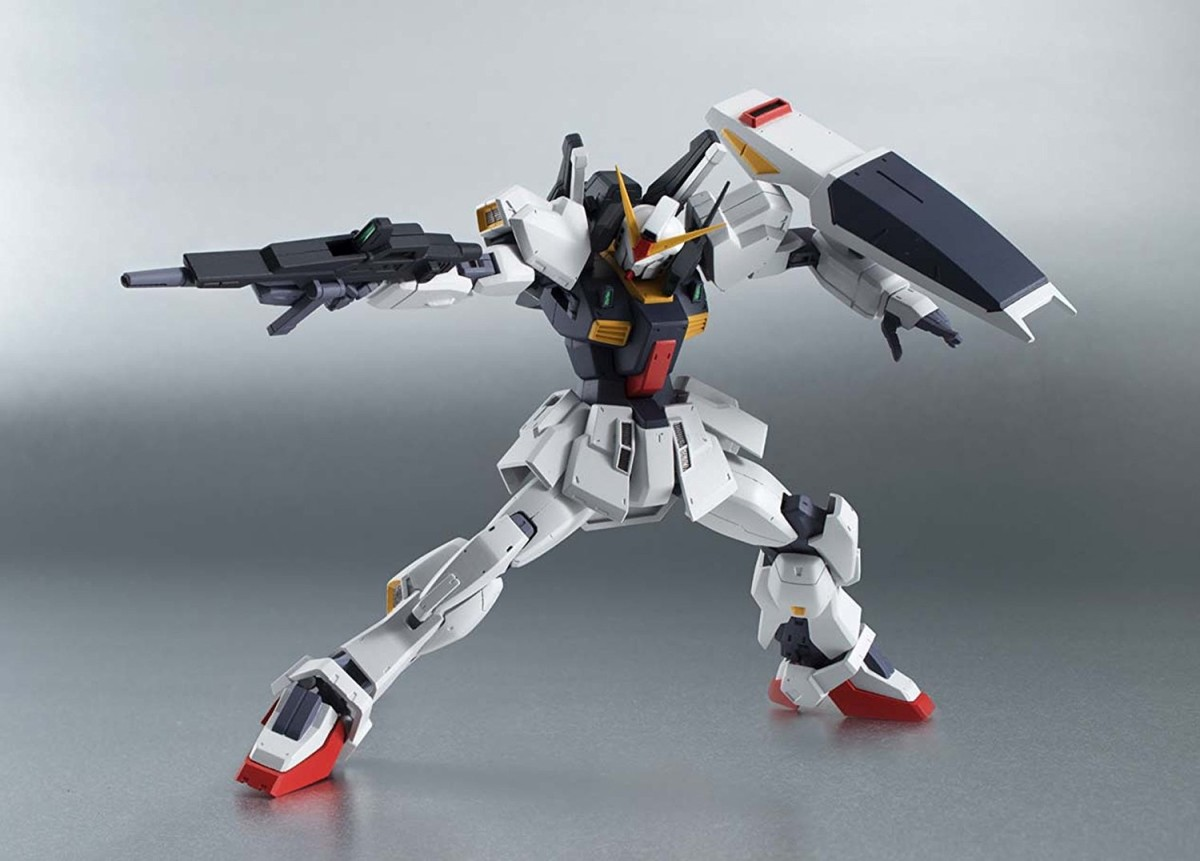 It's a Robot Damashii, but let's see if an RG could pull it off.