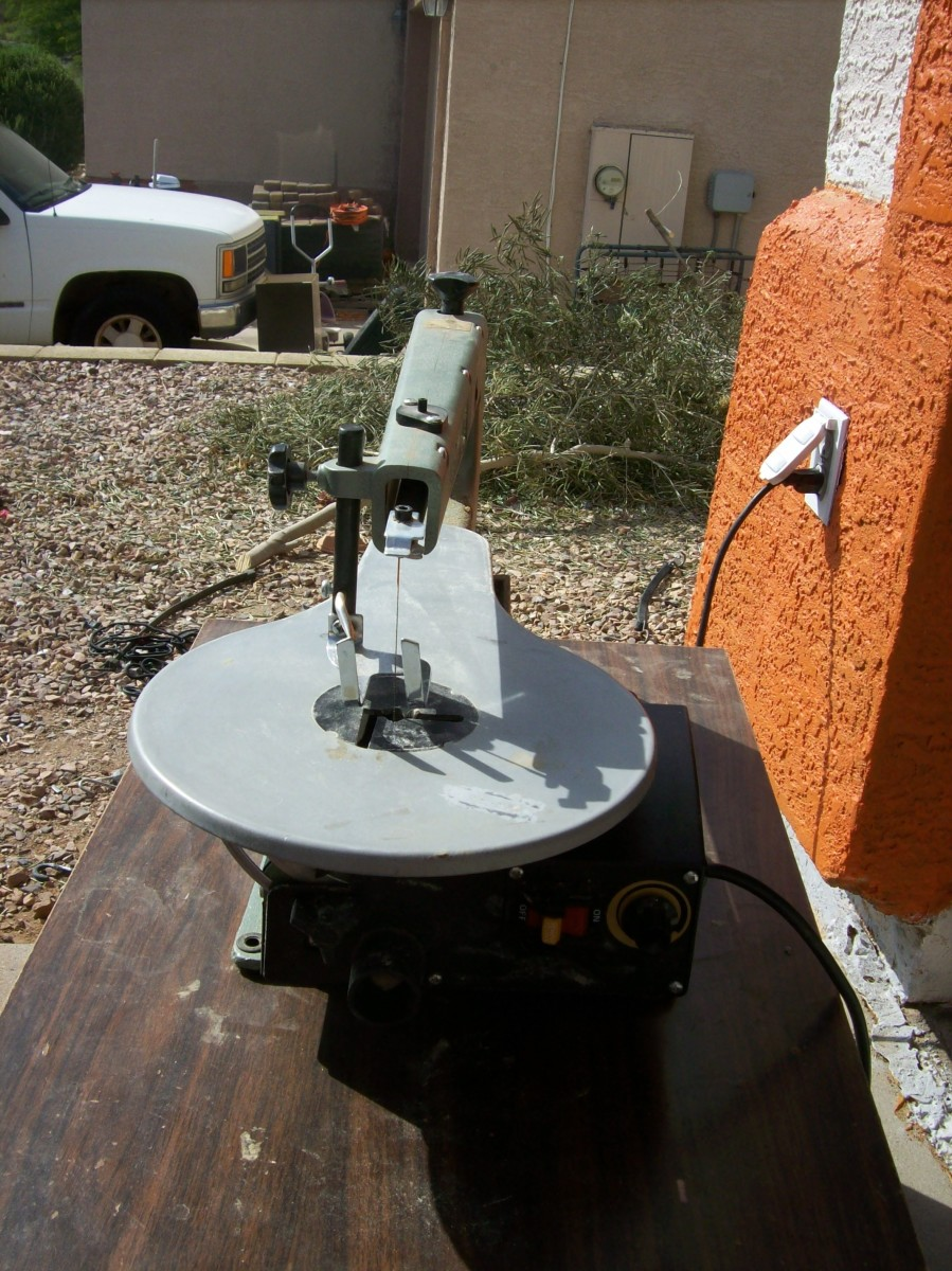 A Central Machinery scroll saw
