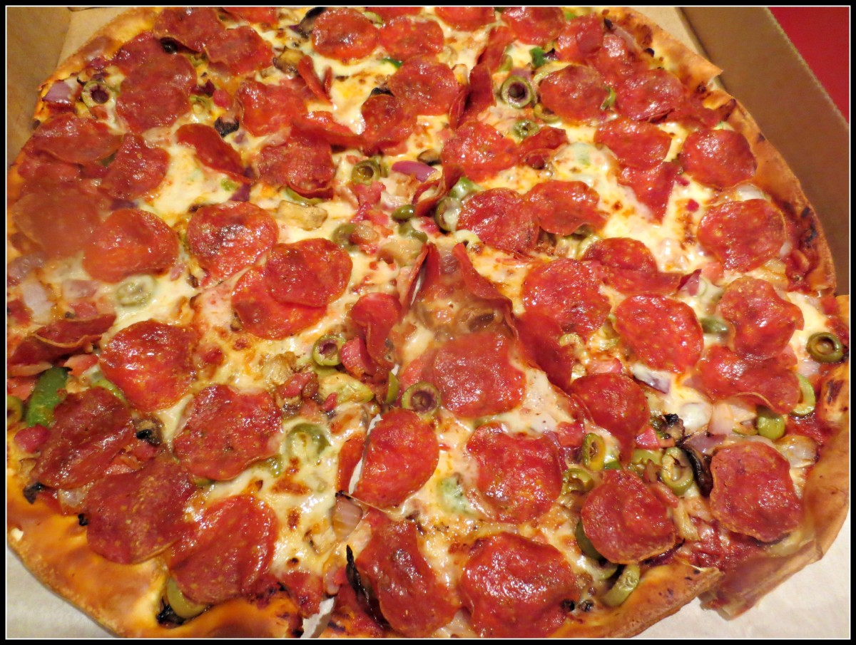 "In 1994, one of the first Internet purchases took place in Santa Cruz, CA. A hungry web surfer ordered ""a pepperoni pizza with mushrooms and extra cheese from Pizza Hut."""