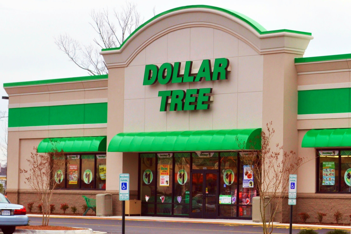 In 1991, Dollar Tree—the discount variety-store chain—was founded.