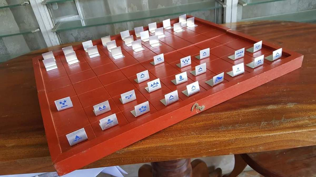 This is what a typical GG board and pieces would look like. Photo by Ayel Buensuceso Magsombol.