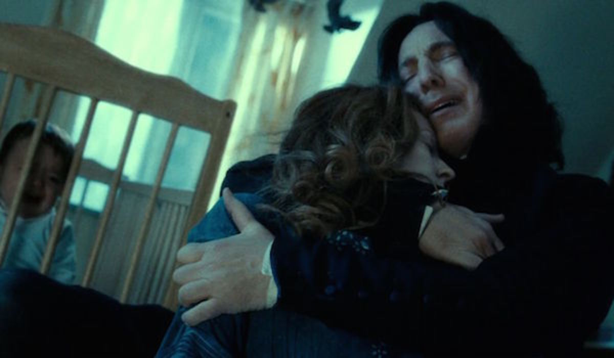 Snape holding Lilly Potter
