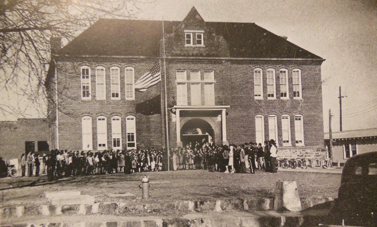 Poteau Public School, 1909