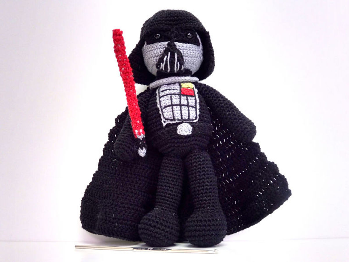 Free Crochet Pattern: Darth Vader Amigurumi Doll