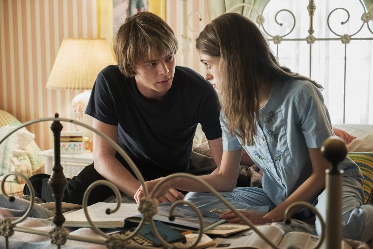 Jonathan Byers and Nancy Wheeler
