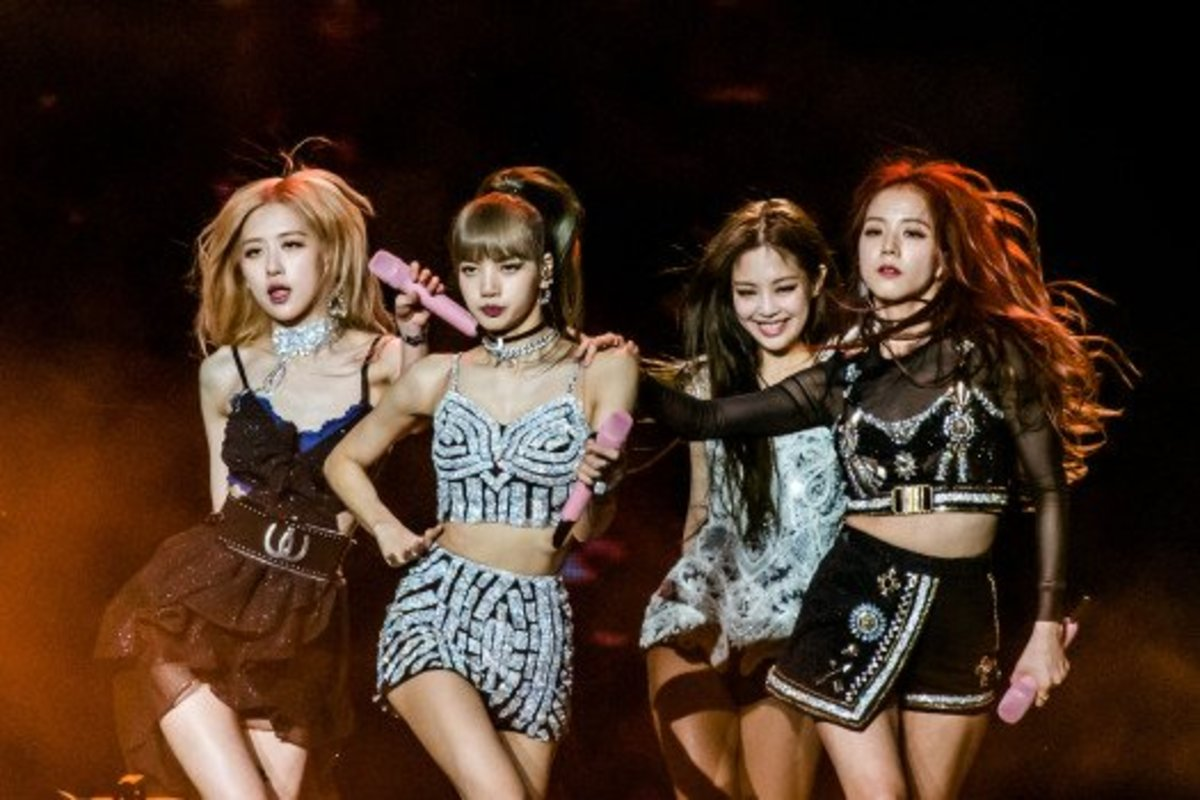 Top 10 Most Popular K-Pop Girl Groups (2020)