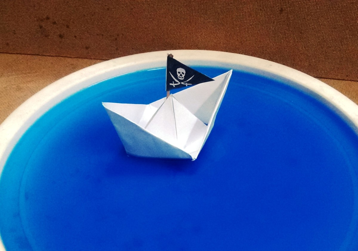 How to make a Pirate Paper Boat that Floats -Easy Step by Step Tutorial
