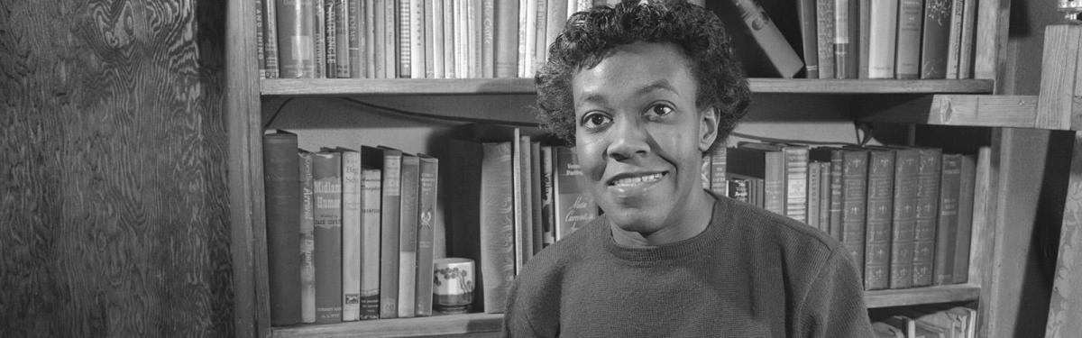 """Analysis of Poem """"The Lovers Of The Poor"""" by Gwendolyn Brooks"""