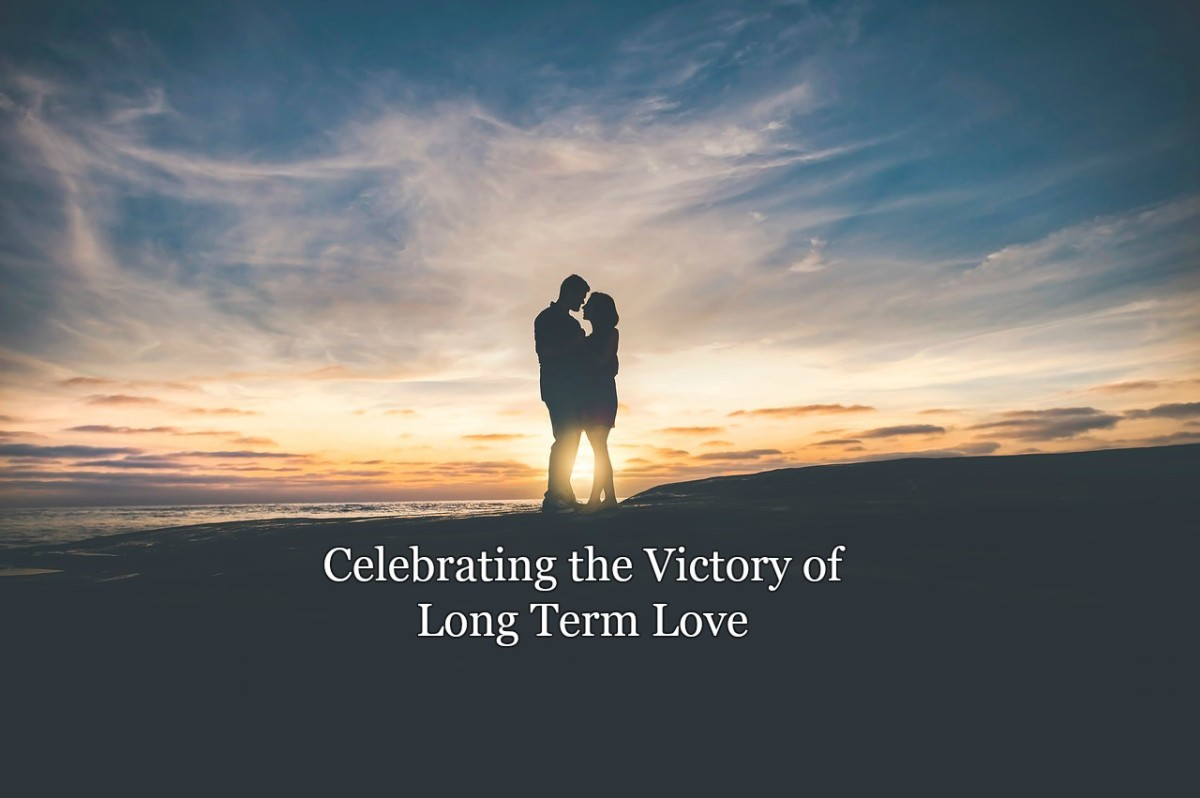 10 Ways to Celebrate Long Term Love
