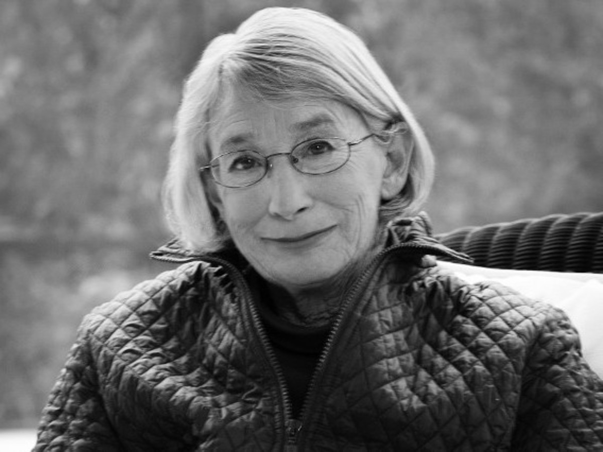 "Analysis of Poem ""Mindful"" by Mary Oliver"