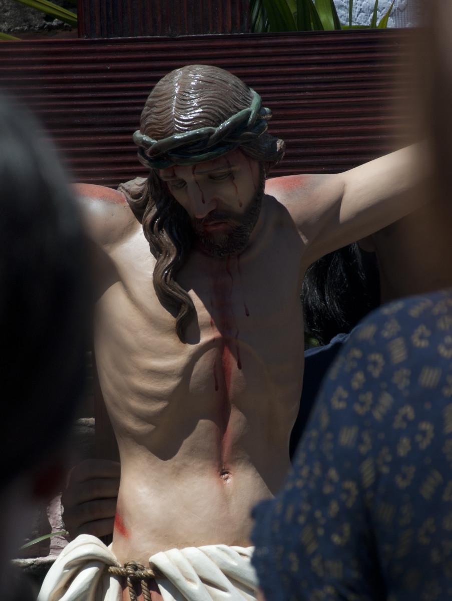 Icon of the Crucifixion, Barrio El Eden, Tegucigalpa, Honduras.