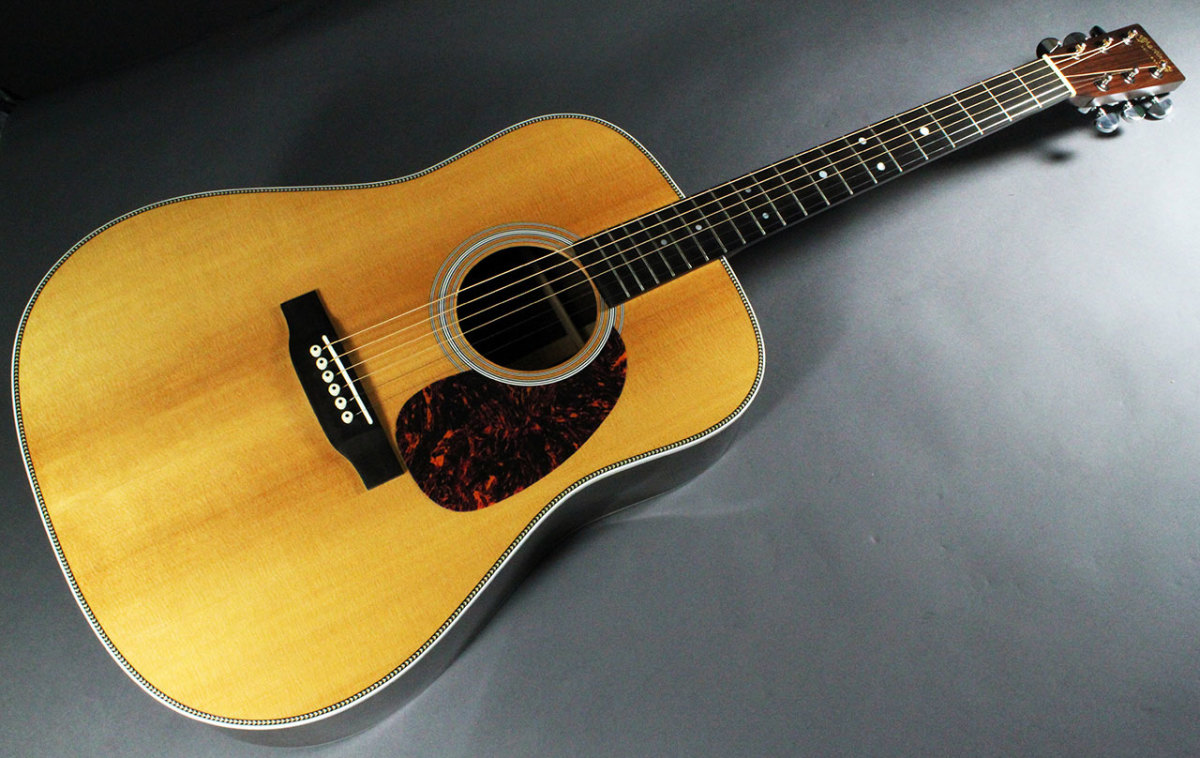 The Martin HD-28e Retro Series vs. The Taylor 810e