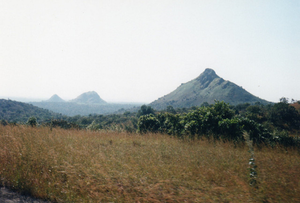 Mountain range in Nigeria, the birthplace of Gabriel Okara.