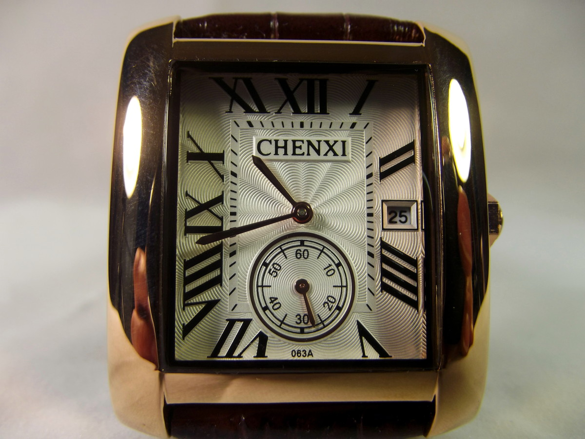 Review of the Chenxi Businessman's Rectangular Quartz Watch