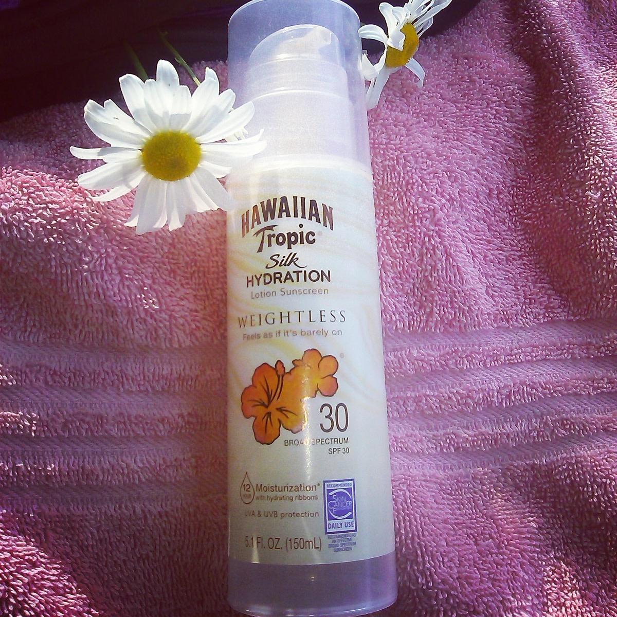 Hawaiian Tropic Silk Hydration: My Favorite Sunscreen Lotion