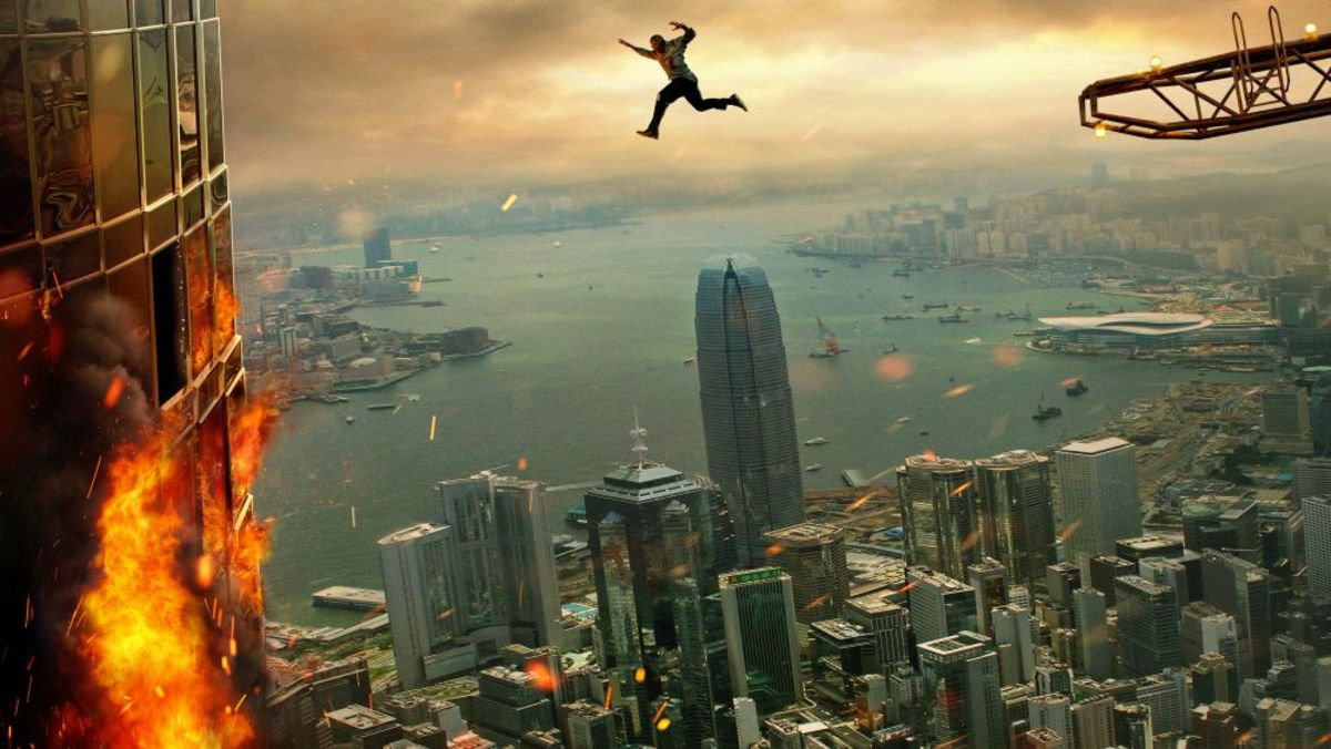 'Skyscraper' Review (2018)