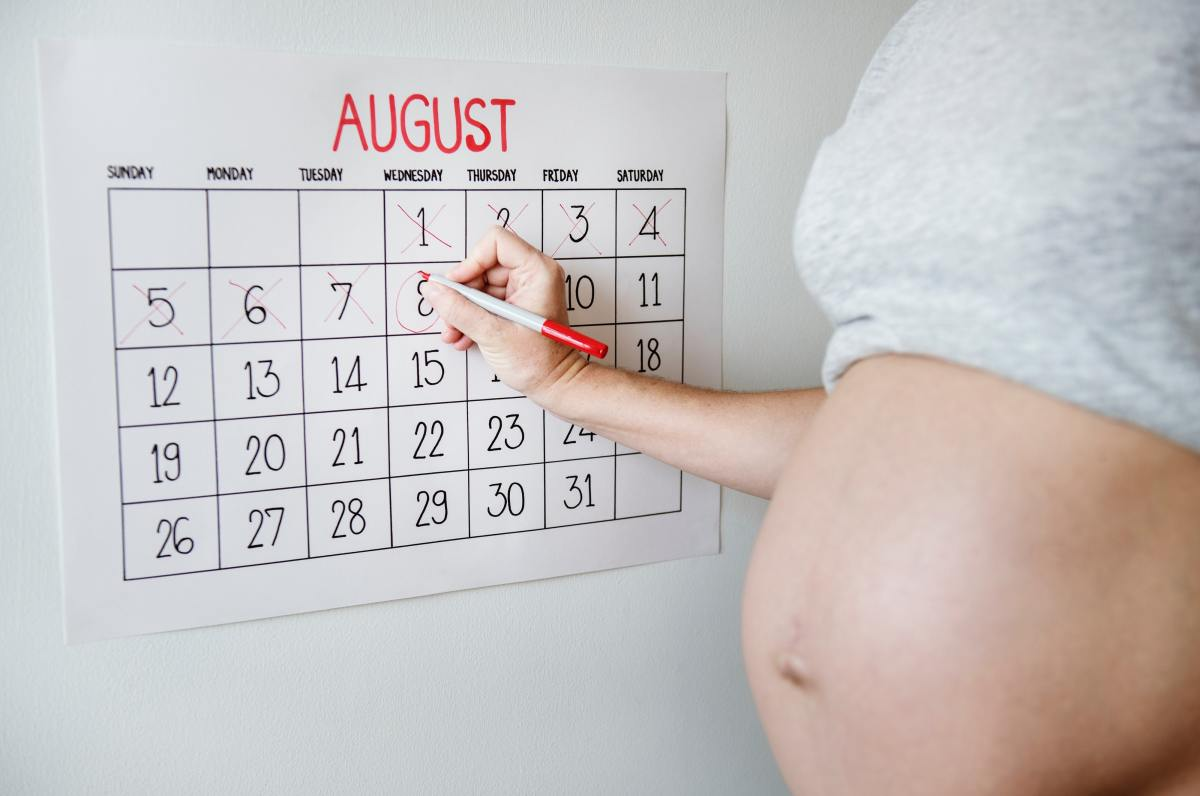 Six Things First-Time Moms Should Do for Themselves Before They Go Into Labor