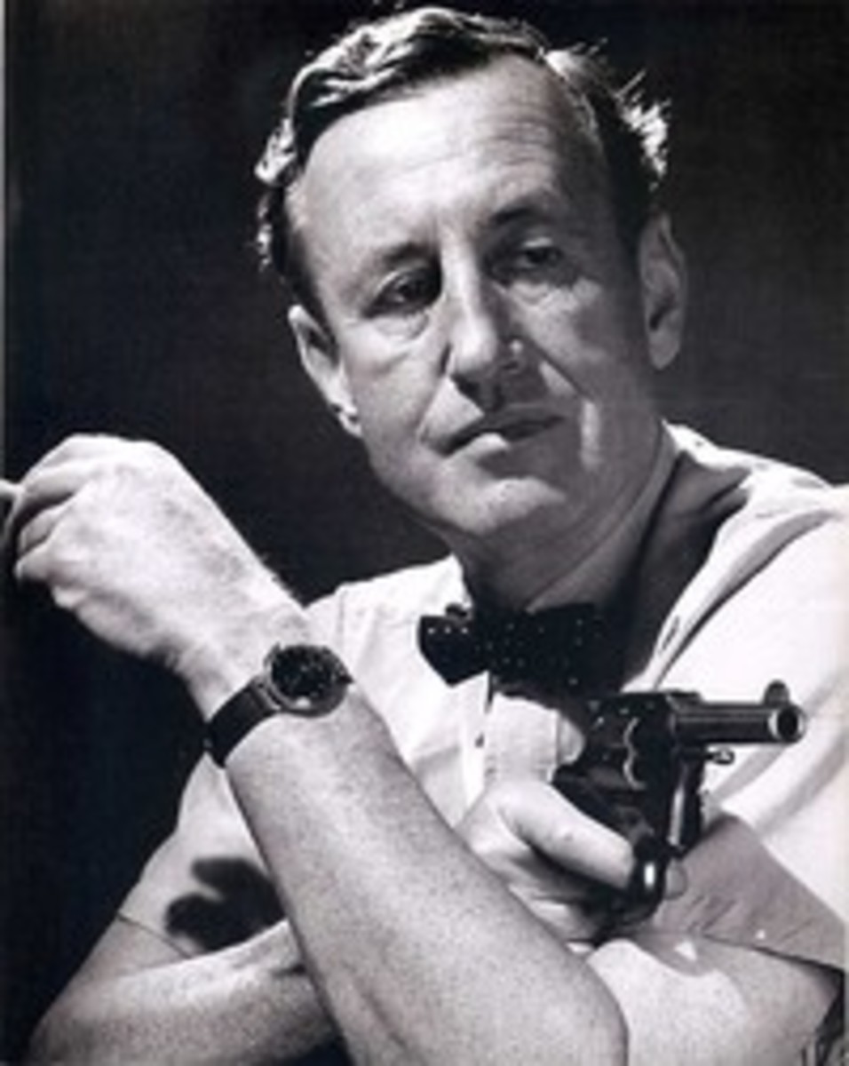 He was great at 'Smoke and mirrors'  Meet Ian Fleming