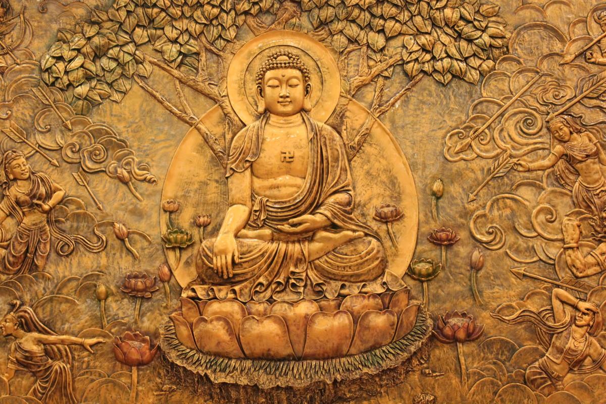Buddha beneath the Bodhi tree. courtesy  Francis Chung