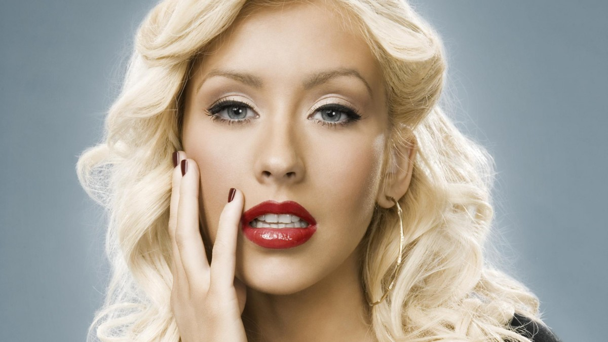 The Beauty Evolution of Christina Aguilera