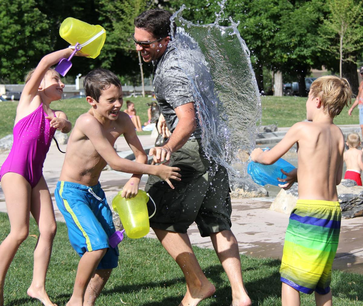 How to Help Your Children Socialize Better